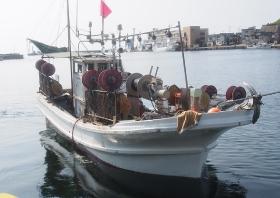 小型いか釣り漁船